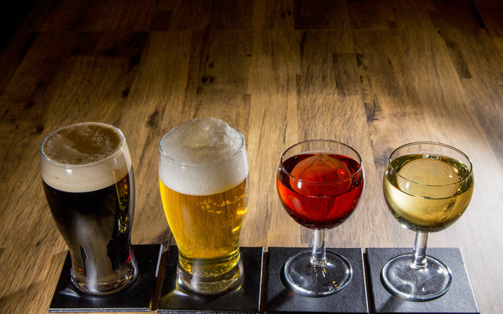 Image of 4 types of alcoholic drinks