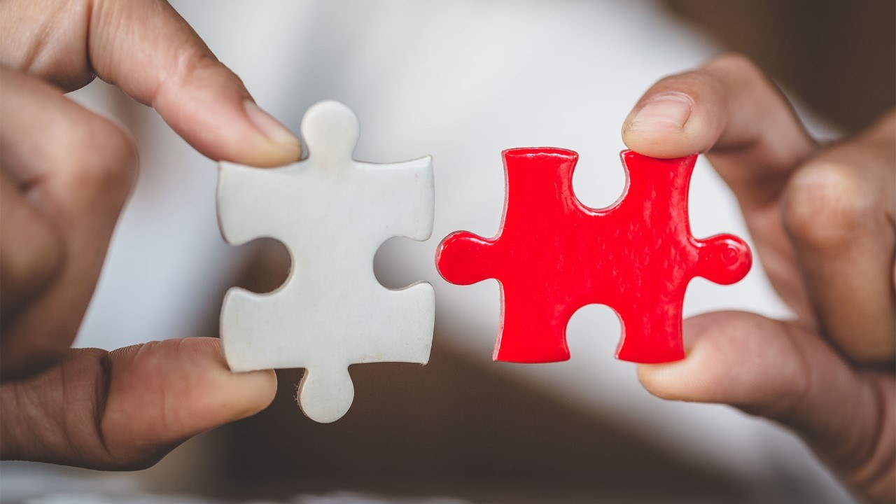 Red and white puzzle piece