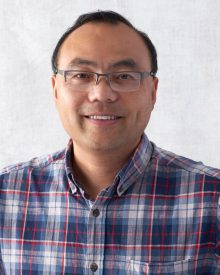 Headshot of Steven Xing